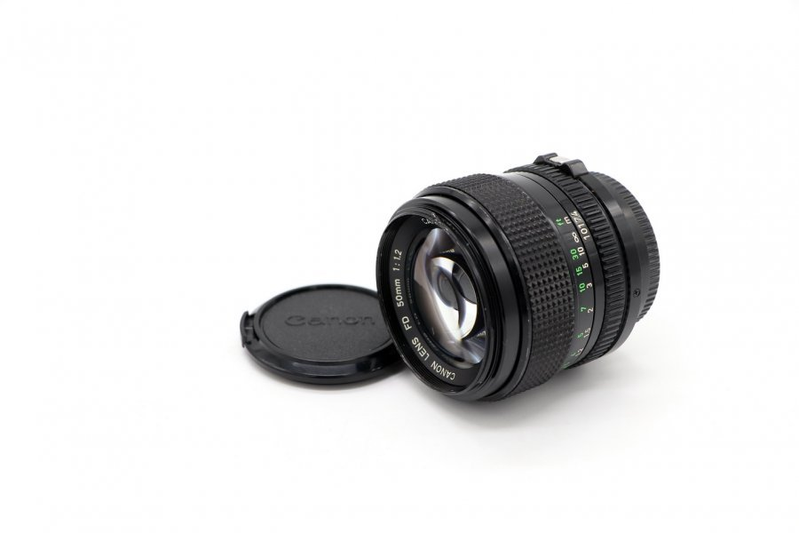 Canon FD 1,2/50mm (Japan, 1989)