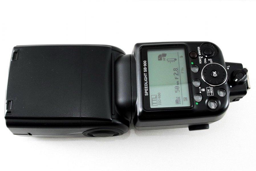 Фотовспышка Nikon Speedlight SB-900