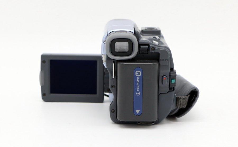 Видеокамера Sony DCR-TRV14E