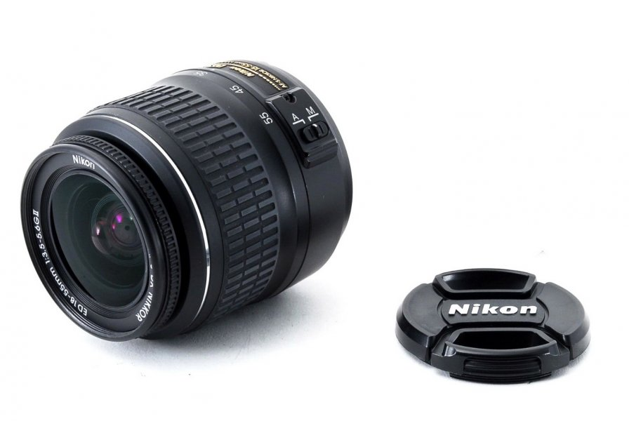 Nikkor 18-55mm f/3.5-5.6G AF-S ED II DX Nikon
