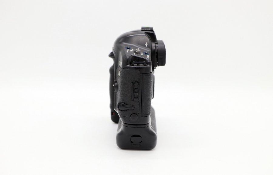 Canon EOS-1V body