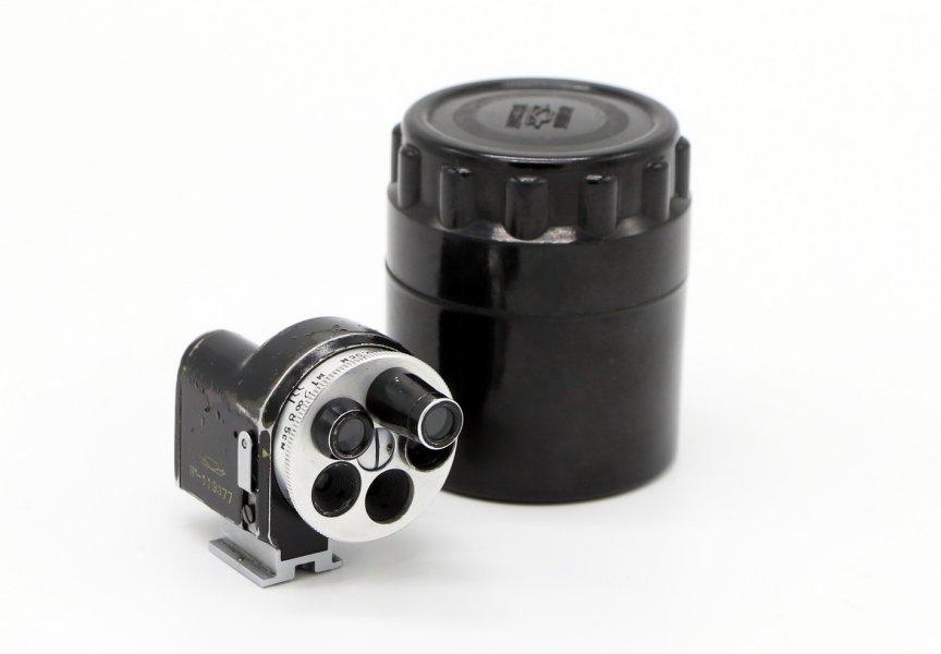 Универсальный видоискатель револьверный б/у