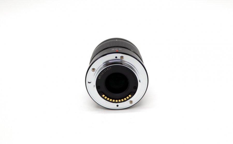Panasonic Lumix G 42.5mm f/1.7 Asph. Power O.I.S.
