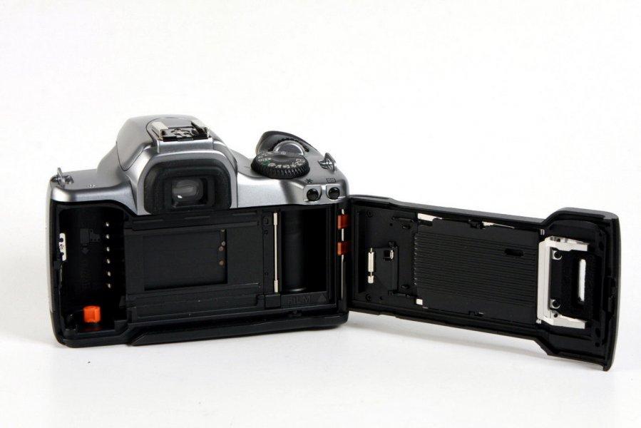 Canon EOS 3000v body
