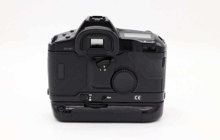 Canon EOS-1N body + booster BP-E1 (Japan, 1996)