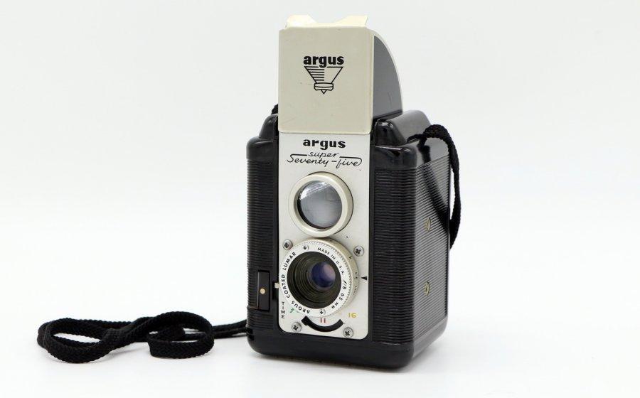 Argus Super Seventy-Five (USA, 1954)