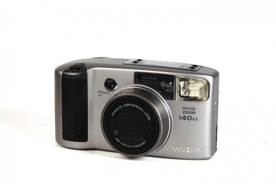 Minolta Riva zoom 140EX (Japan)