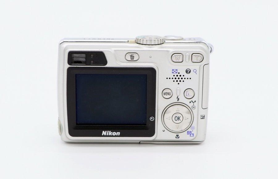Nikon coolpix E5900