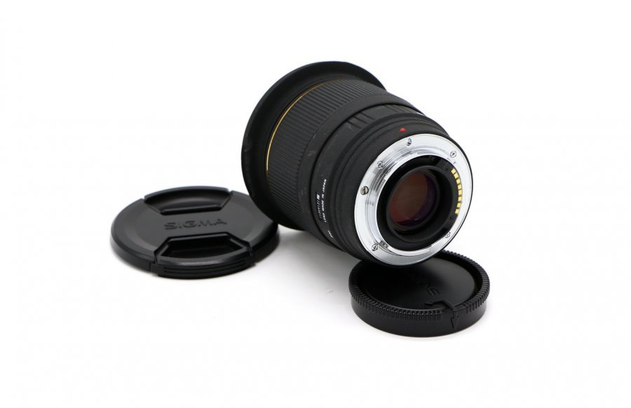 Sigma AF 20mm f/1.8 EX DG ASPHERICAL RF Minolta A