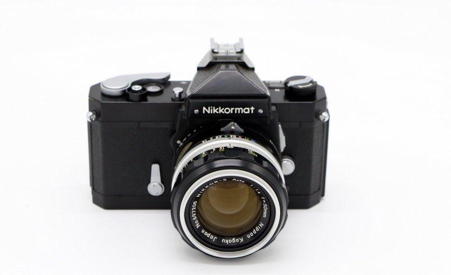 Nikkormat  + Nikkor-S 1.4/50mm Japan