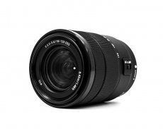Sony 18-135mm f/3.5-5.6 OSS (SEL-18135 )
