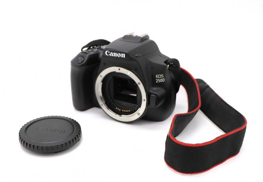 Canon EOS 250D body в упаковке, пробег 3К
