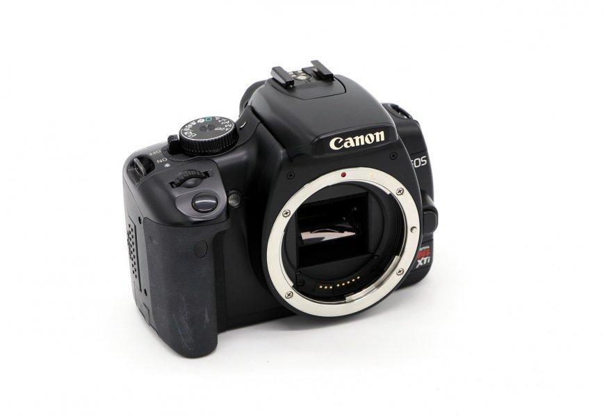 Canon EOS Rebel XTi body