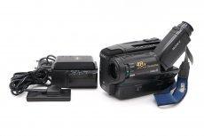 Видеокамера Sony CCD-TR550E