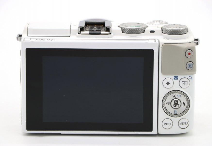 Canon EOS M3 kit в упаковке