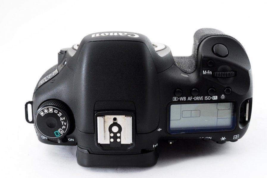 Canon EOS 7D body новый, без пробега