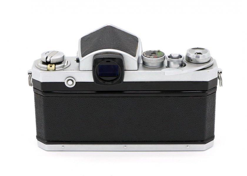 Nikon F kit (Japan, 1966)
