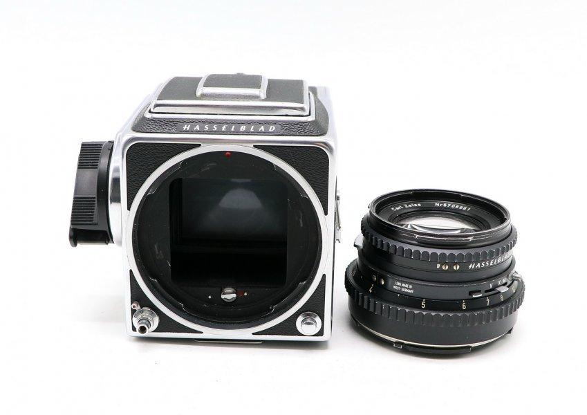 Hasselblad 500 C/M + Planar 2.8/80 T* комплект