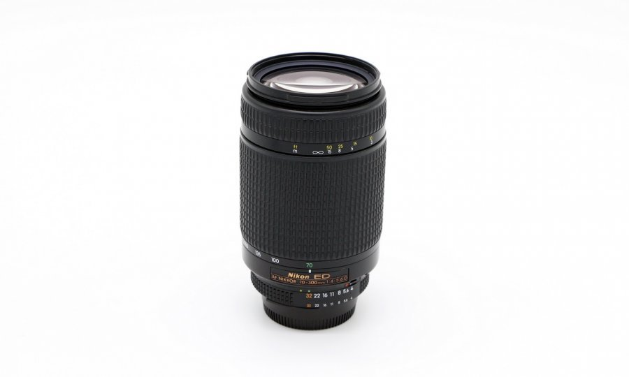 Nikon 70-300mm f/4.5-5.6D ED-IF AF Nikkor