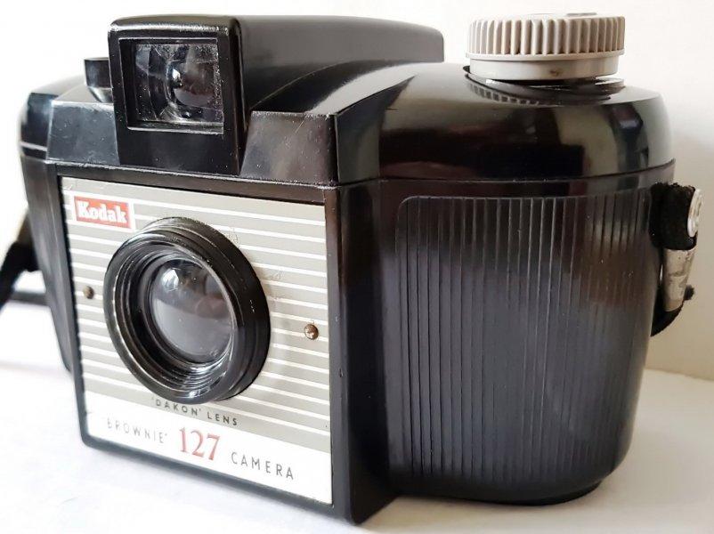 Kodak Brownie 127 camera (UK, 1960)