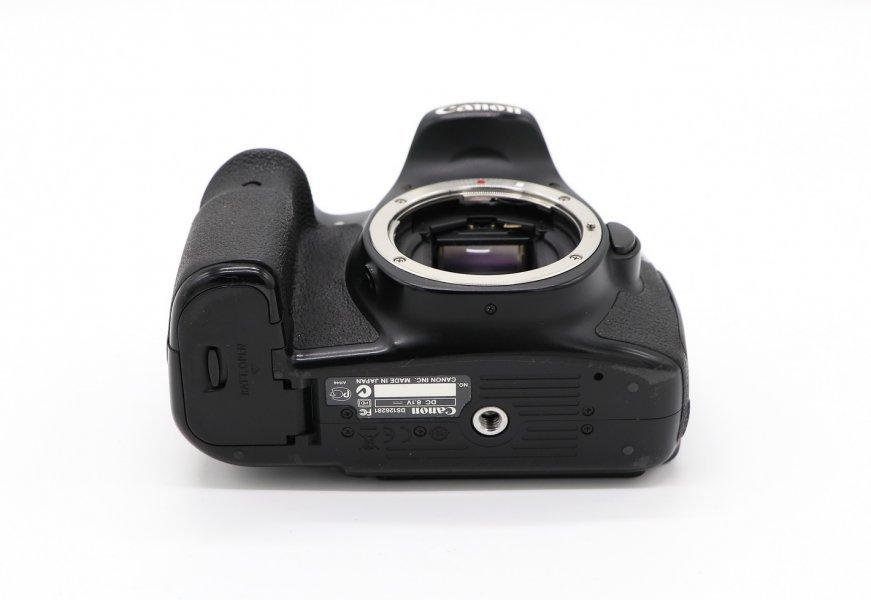 Canon EOS 60D body (137к)