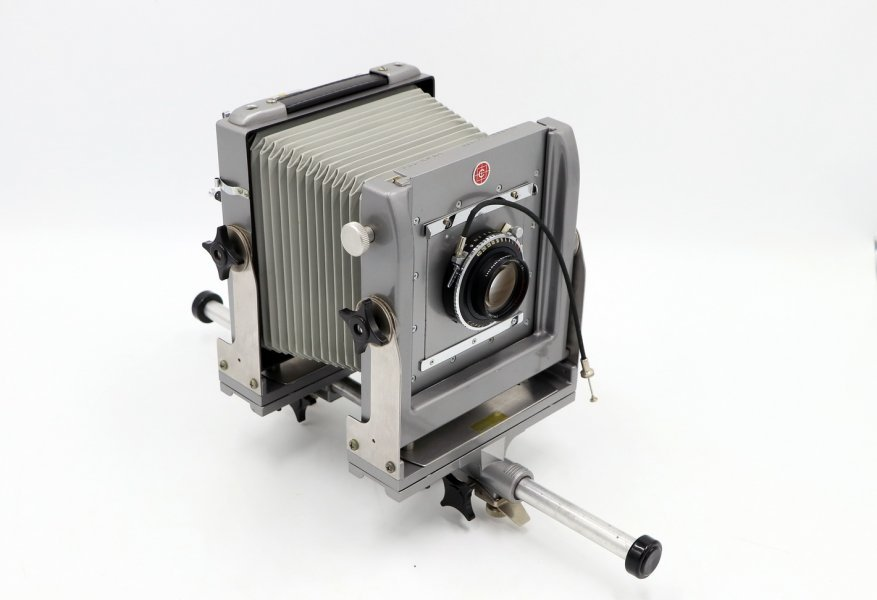 Calumet 4x5 mono rail View Camera with 210MM f6.8