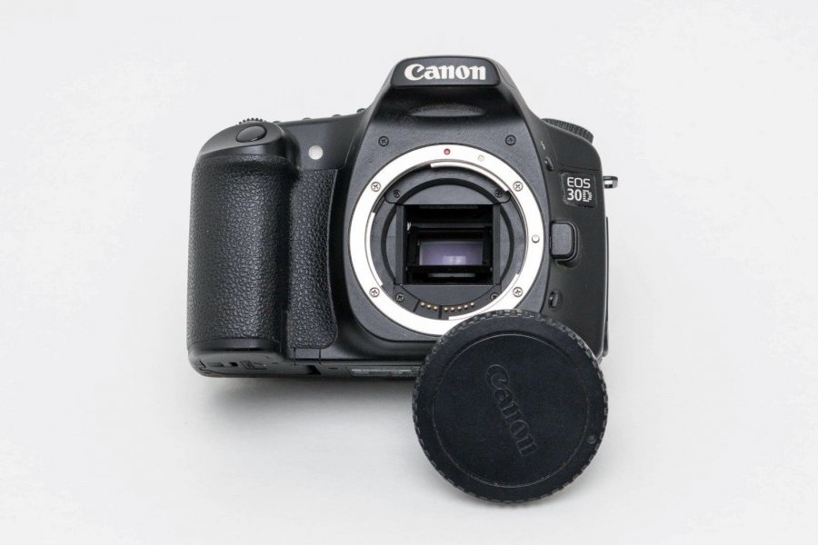 Canon EOS 30D body