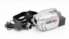 Видеокамера Panasonic VDR-D300