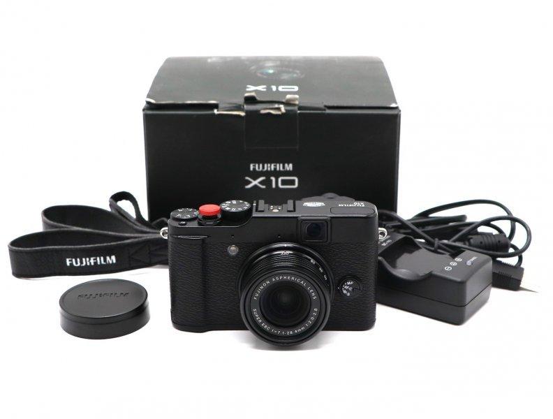 Fujifilm X10 б/у