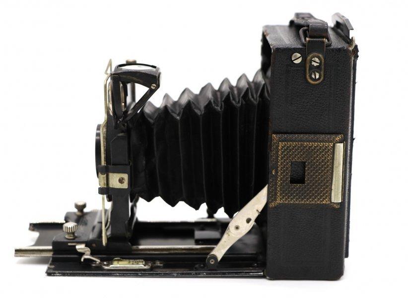 Certo Certosport + Tessar 105mm f/4.5 (Germany, 1929)