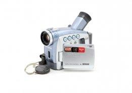 Видеокамера Canon MV690