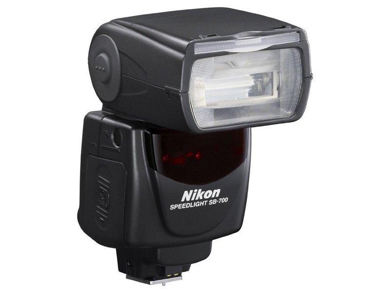 Фотовспышка Nikon Speedlight SB-700