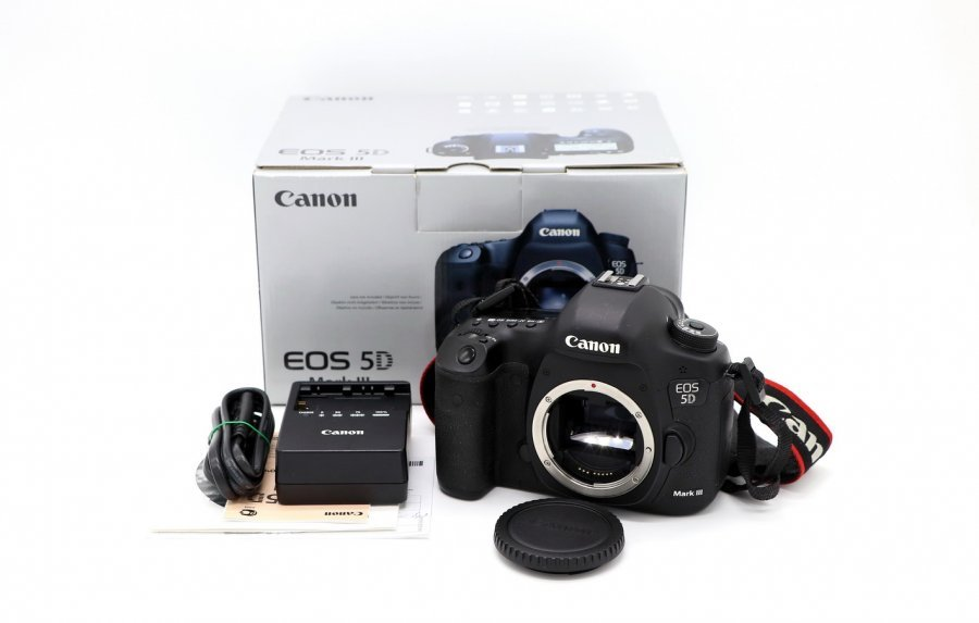 Canon EOS 5D Mark III body (пробег 59500 кадров)