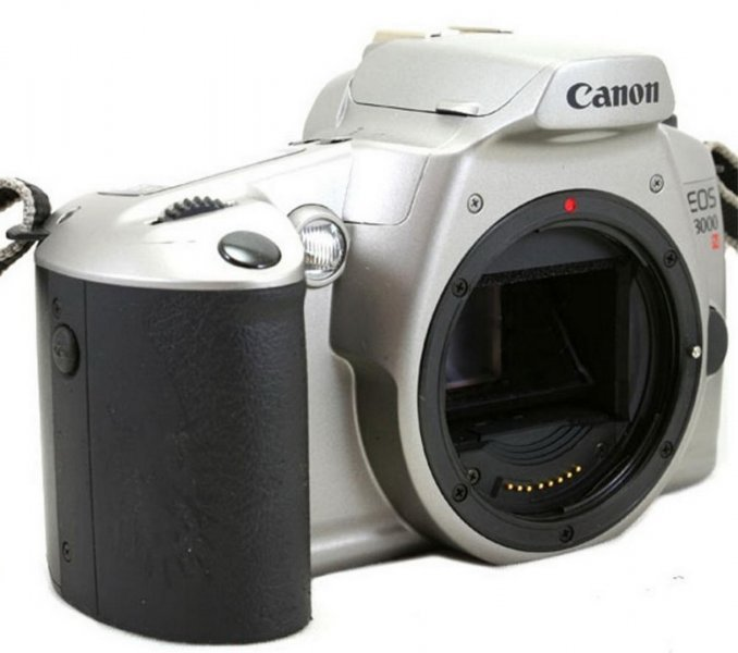 Canon EOS 3000n body ( Japan, 2003)