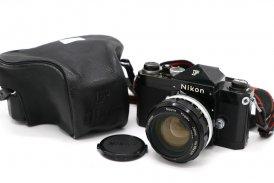 Nikon F + Nikon 55mm f/1.2 (Japan, 1970)