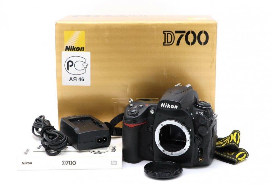 Новье Nikon D700 body (пробег 2700 кадров)
