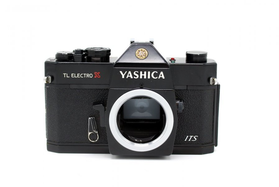 Yashica TL Electro X body (Japan, 1971)
