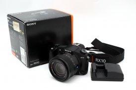 Sony Cyber-shot DSC-RX10 в упаковке