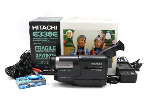 Видеокамера Hitachi VM-E338E (Japan, 1997)