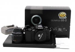 Olympus OM-D E-M10 комплект в упаковке