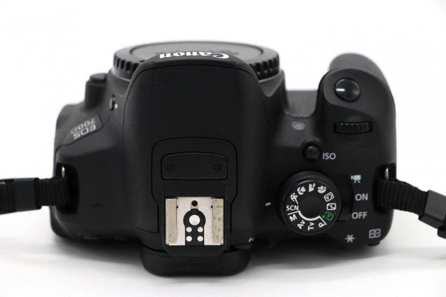 Canon EOS 700D body в упаковке (пробег 2.5K кадров)