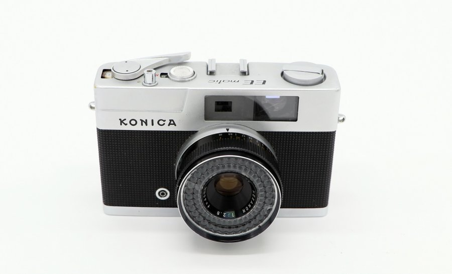 Konica EE matic (Japan, 1963)