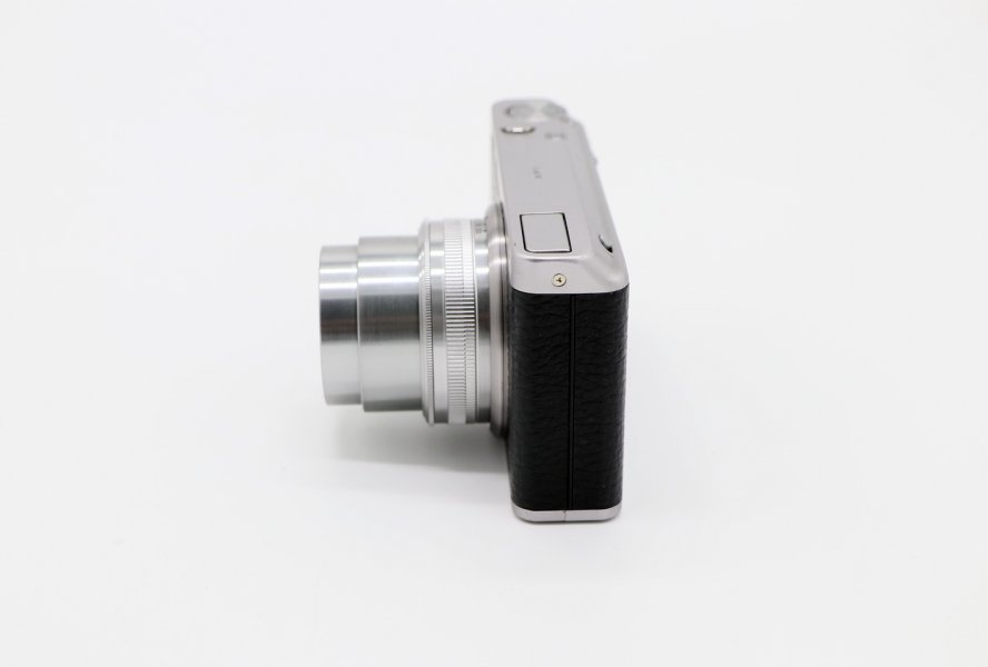 Fujifilm XF-1