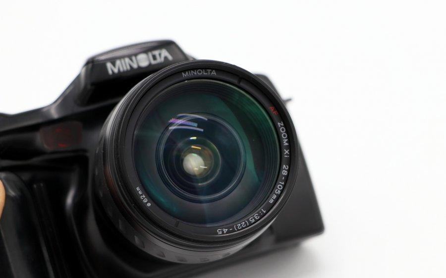 Minolta Dynax 7xi kit