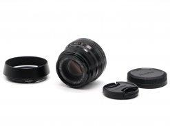 Fujifilm XF 35mm f/2 R WR в упаковке