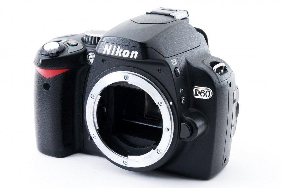 Nikon D60 body (6650 кадров)
