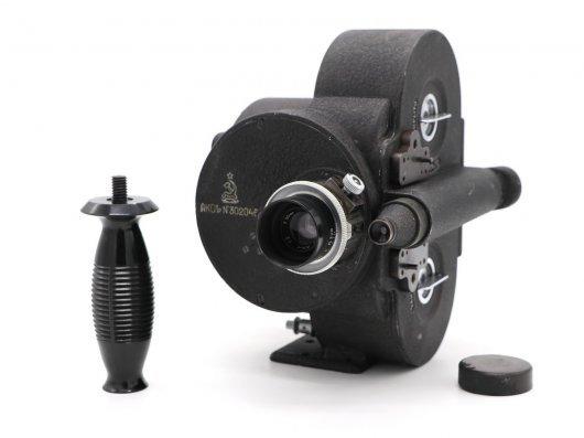 Кинокамера АКС-1Р (СССР, 1949)