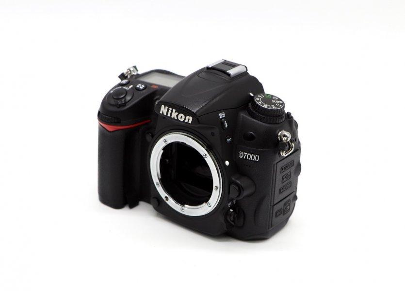 Nikon D7000 body (пробег 19К)