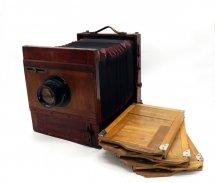 Немецкая деревянная камера +  Индустар-51 4.5/210мм
