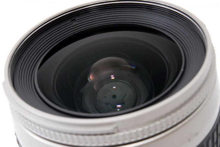 Nikon 28-80mm f/3.3-5.6G AF Nikkor (Thailand, 2001)